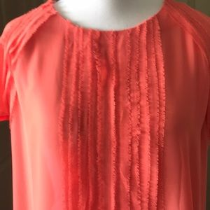 Tops - Coral tee with detailing Size Small